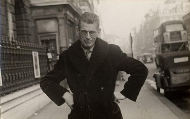 © Samuel Beckett, par un photographe de rue, Londres, 1954