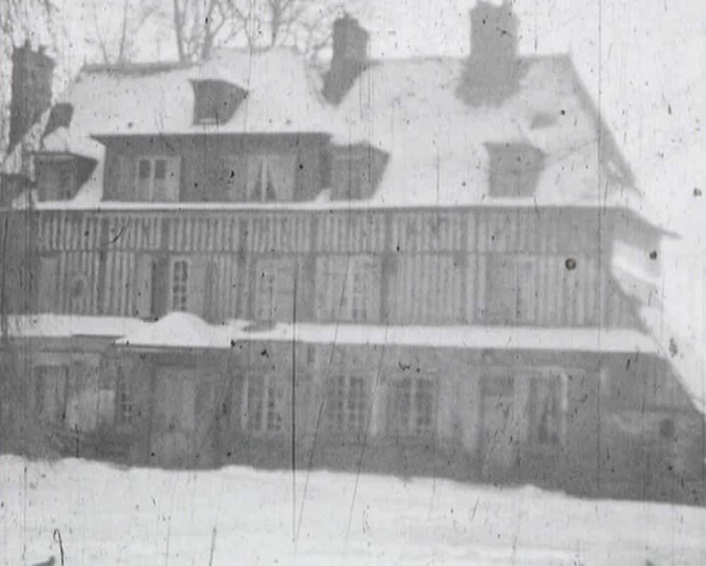 Photogramme issu du film amateur « Fresnay sous la neige » de André Noufflard, 1940, 9,5mm