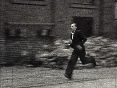 Derniers bombardements de Rouen (Rive Gauche) de André Danet, 8mm, 1944 © Mémoire audiovisuelle du Pôle Image Haute-Normandie