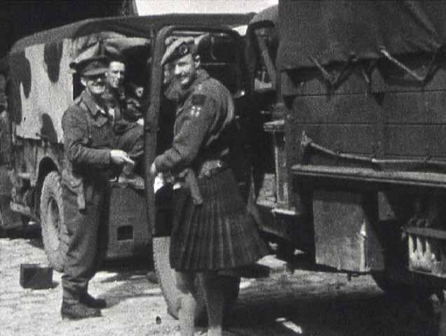 « Libération de Rouen » de Pierre Le Gros, 1944, 8mm © MAHN / Pôle Image Haute-Normandie